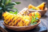 fotolia_194073075_m_grilled-pineapple.jpg